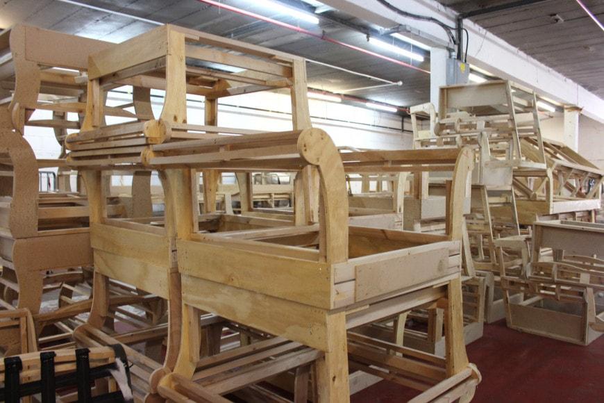 Khung sofa được sản xuất tại xưởng sofa