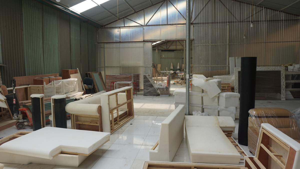 Tìm ra xưởng chuyên đóng sofa tân cổ điển lọt top 10 tại Hà Nội