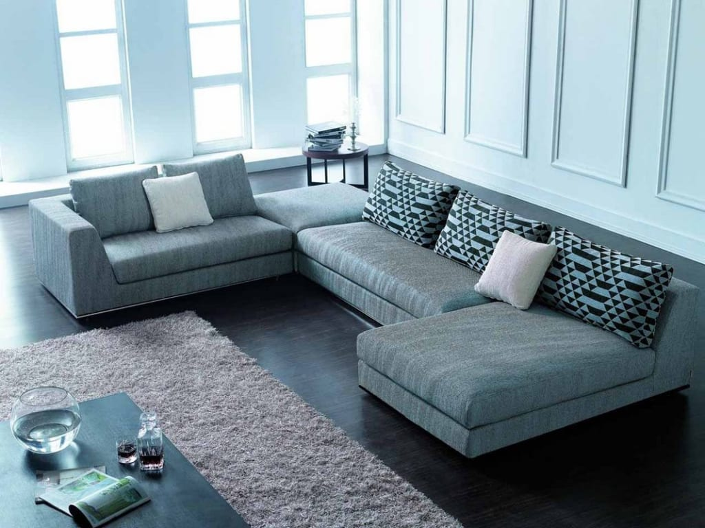 Các mẫu chữ U thường được trang trí trong những căn phòng khách rộng