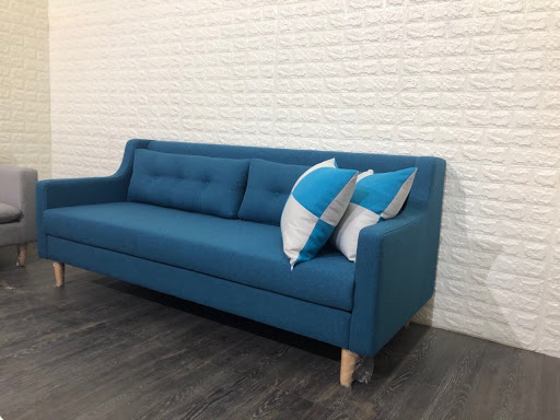 Gợi ý cách bài trí sofa 1m8 trong phòng khách chung cư