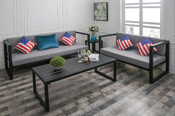 Có nên lựa chọn mẫu ghế sofa bằng sắt không?