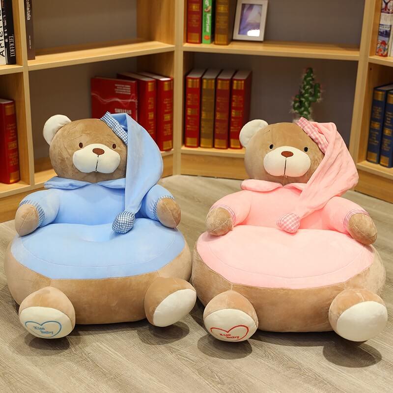 Mẫu sofa cho bé hình gấu đẹp thích hợp cho bé học ngồi