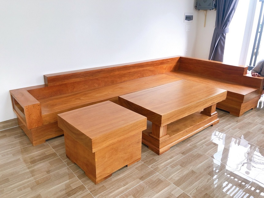 Mẫu 2: Mẫu sofa hộp dáng chữ L kết hợp ghế đơn và bàn trà đồng bộ