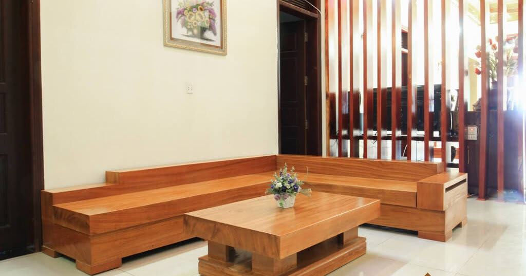 Mẫu 9: Mẫu sofa hộp gỗ dáng chữ L gọn gàng cho phòng khách nhỏ